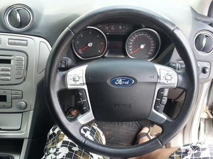 Dezmembrez Ford Mondeo 1.8tdci, an 2008, model ZETEC