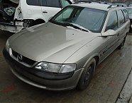 Dezmembrez Opel Vectra B Caravan, 1.6 benzina, cod motor X16XEL