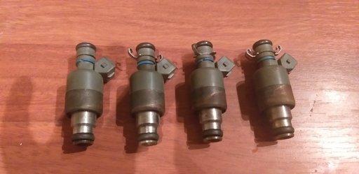 17102058 Injector benzina Daewoo Espero 1.8