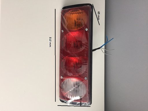 2 x lampa spate, stop spate, tripla 4 functii