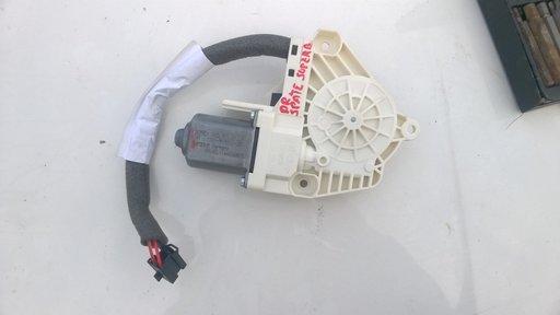 8K0959812A Motoras macara geam electric dreapta sp