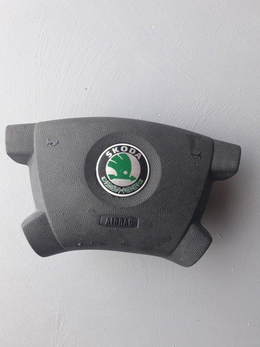 Airbag Skoda fabia 1.4-16 valve an 2004