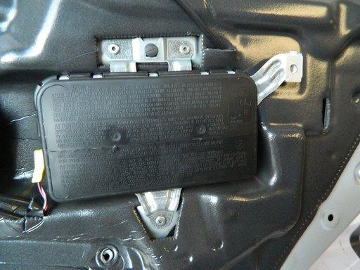 Airbag usa dreapta spate Mercedes CLS W 219