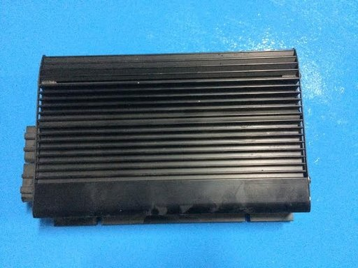Amplificator sunet VW GOLF 4 1J0035456