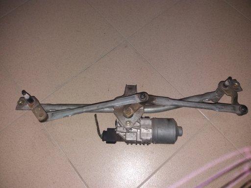 Ansamblu cu motoras stergatoare parbriz Skoda Fabia 6Q1955119A
