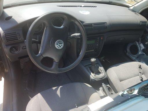 Ansamblu stergatoare cu motoras VW Passat B5 2005 Break 1.9 tdi