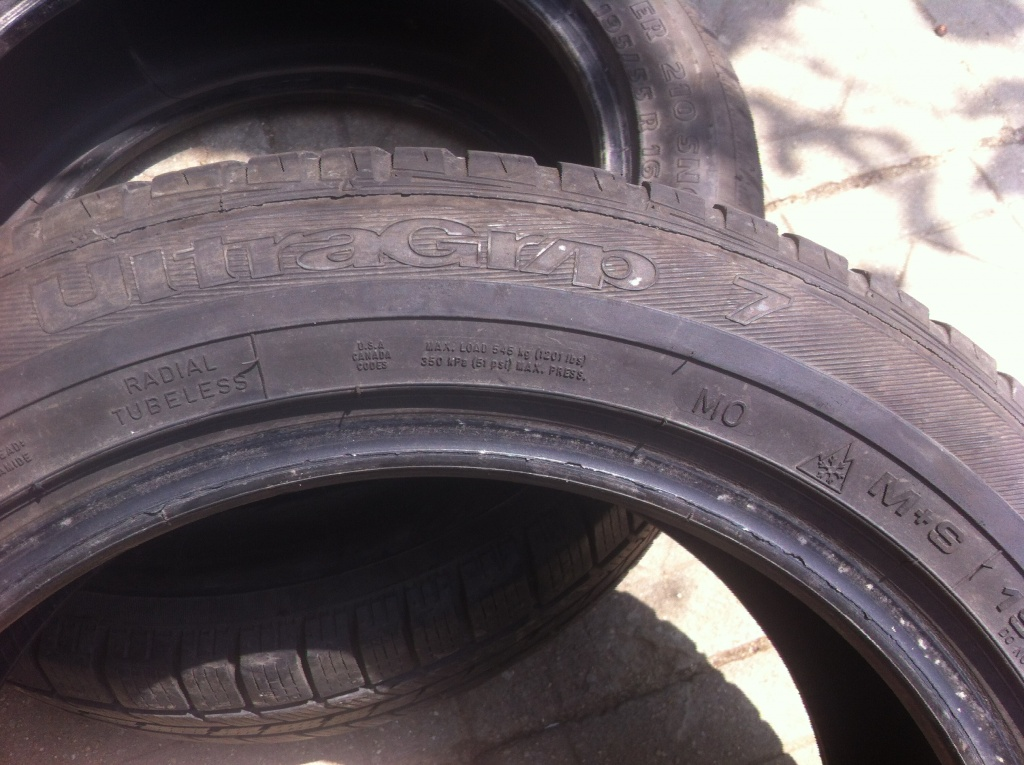 Anvelope iarna Goodyear Ultragrip 7 195/55/16 DOT 3708 - 5 5mm