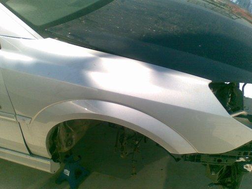 Aripa fata Opel Vectra C, Signum model 2008