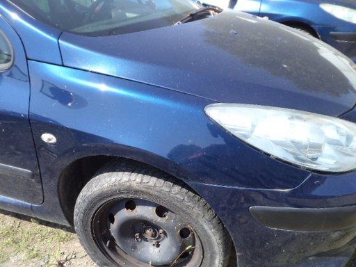 Aripa fata stanga/dreapta,Peugeot 307 an 2005 ,tip motor 9HY