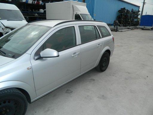 Aripa stanga - dreapta Opel Astra H model 2008