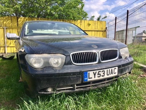 Aripa stanga fata BMW Seria 7 E65, E66 2004 berlin