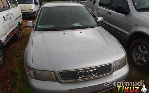 Audi A4, an 1998, motor 1.8 Benzina