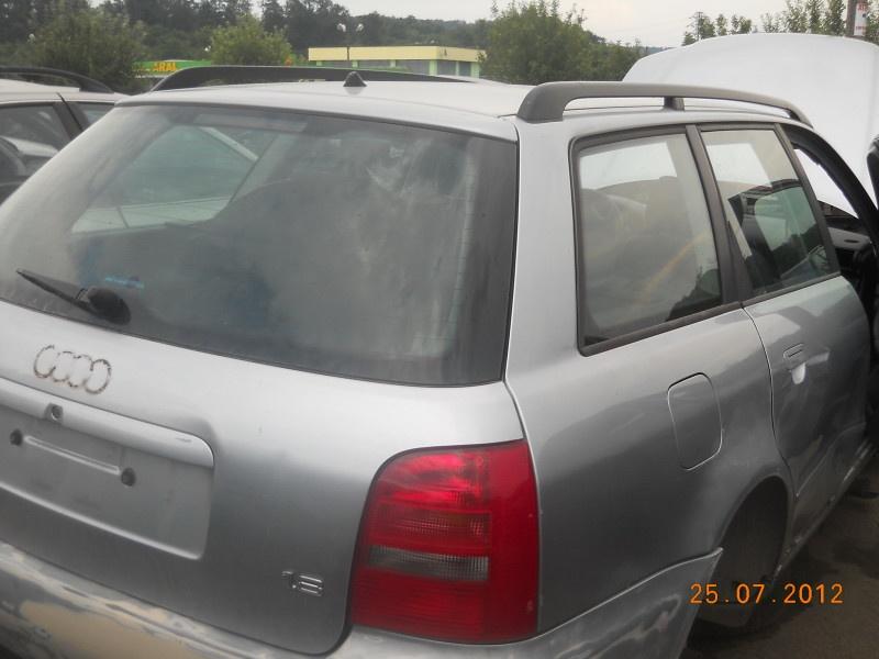 Audi A4 din 1998 combi-1,8 benzina
