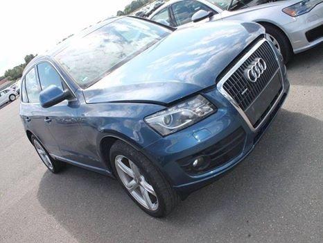 Audi Q5 din 2010 2.0 tdi quattro CAH
