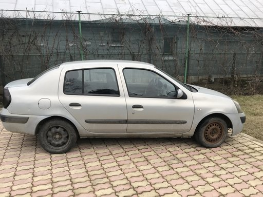 Ax came Renault Clio 2003 Berlina 1.5dci