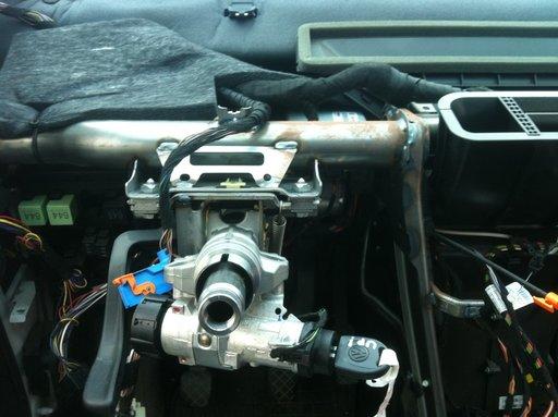 Ax volan cu motoras servo VW Up! cod 1S1423510R
