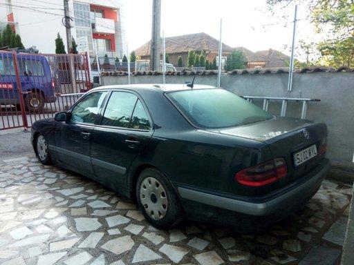 Bancheta - Mercedes-benz E200,2.2 CDI, an 1999