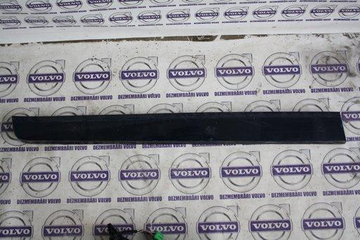Bandou Portiera Stanga Fata Jos Volvo XC 60