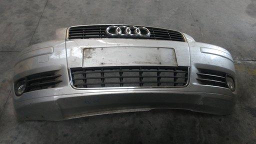 Bara fata Audi A3 '2005 cu spalatoare faruri