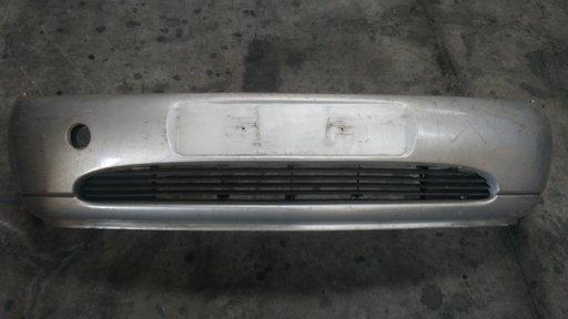 Bara fata Ford Fiesta '1996