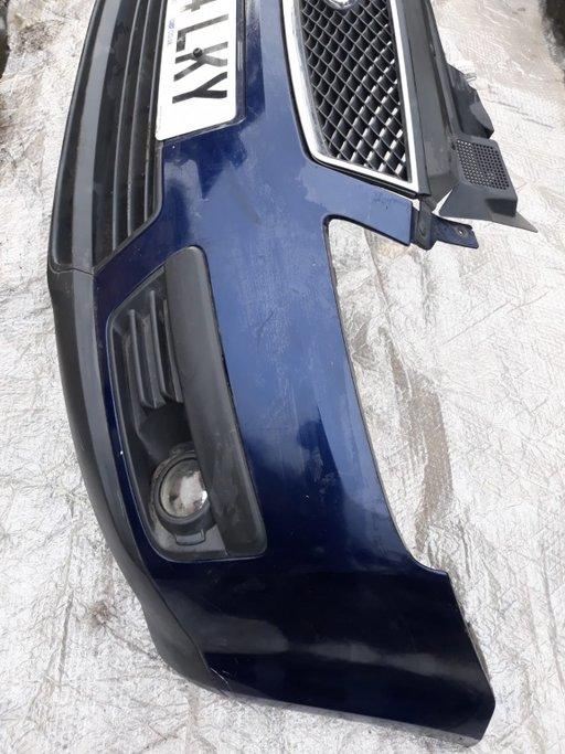 Bara fata Ford Focus C Max cu proiectoare si cu grila