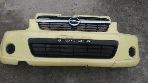 Bara fata Opel Agila facelift '2003