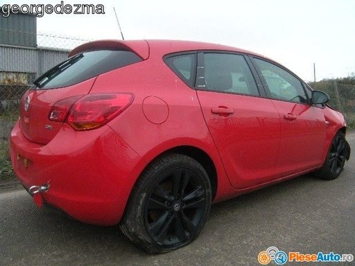 Bara protectie spate opel astra j an 2011