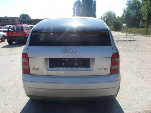 Bara Spate Audi A2 DIN 2002