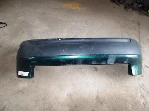 Bara spate Audi A6 4B berlina , sedan , culoare verde inchid cod: 4B5807301