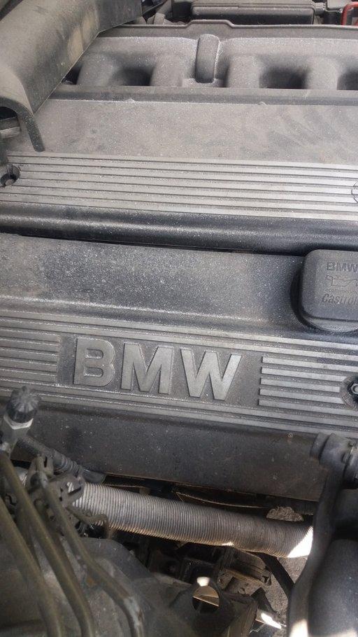 Bara spate BMW Seria 5 E60 2006 BERLINA 2171
