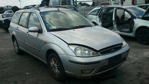 Bara spate cu bandouri pentru Ford Focus facelift combi 2002 2003 2004 2005