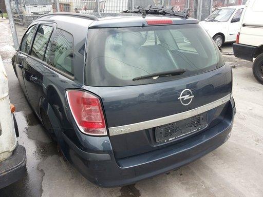 Bara spate cu bandouri pentru Opel Astra H caravan 1.6 twinport Z16XEP
