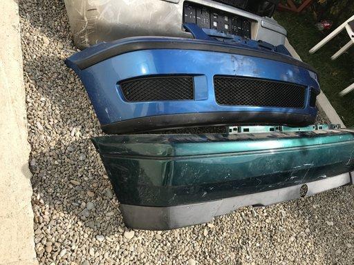 Bara spate Golf 3 hatchback verde