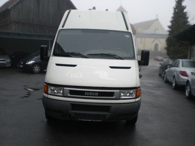 Bara spate iveco daily 2.8 2001