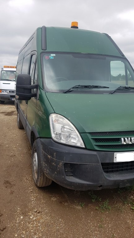 Bara spate Iveco Daily II 2009 LUNG 2.3 HPI