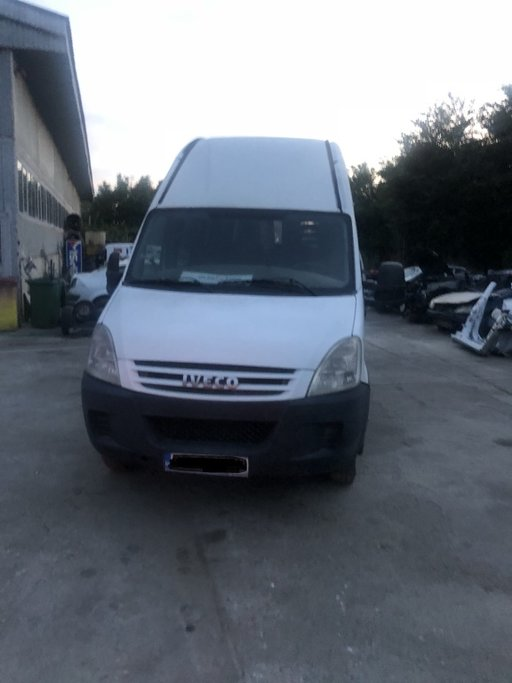 Bara spate Iveco Daily IV 2008 MICROBUS 3000