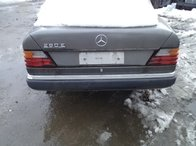 Bara spate Mercedes E 260 1991