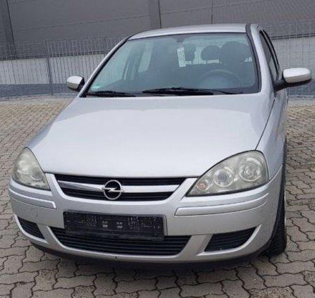 Bara spate Opel Corsa C 2005 hatchback 1.3 CDI