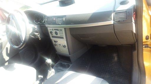 Bara spate Opel Meriva 2004 Monovolum 1.7