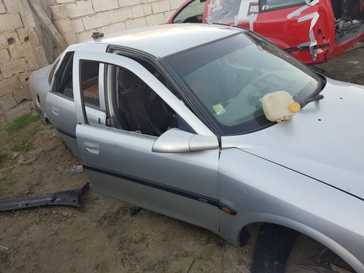 Bara spate Opel Vectra B 1999 LIMUZINA 2.0 di