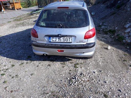 Bara spate Peugeot 206 1999 hatchback 1.1 benzina