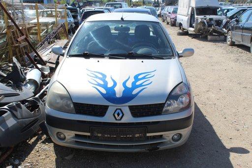 Bara spate Renault Clio 2002 berlina 1.5