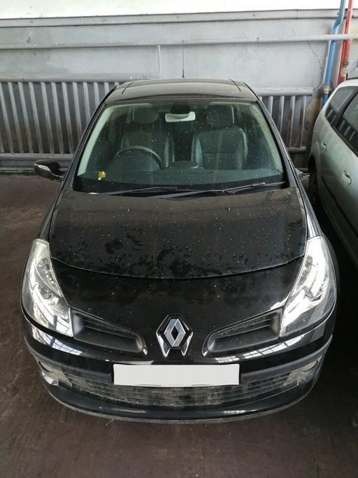 Bara spate Renault Clio 3 1.6 16v 112cp