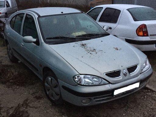 Bara spate Renault Megane 2002 Berlina 1.9 1870