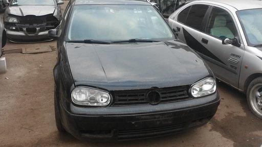 Bara spate VW Golf 4 2000 Coupe 1400