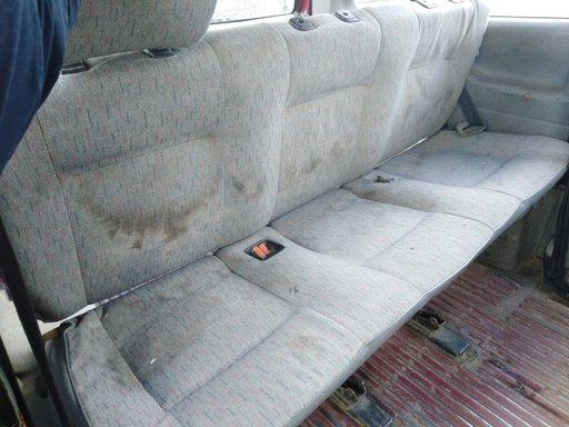 Bara spate VW T4 1998 , 2.4
