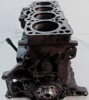 Bloc motor BKC cu pistoane si arbore .