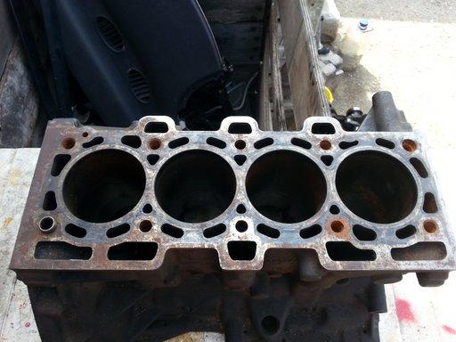 Bloc motor K9K 1,5dci E3 Renault Megane 2