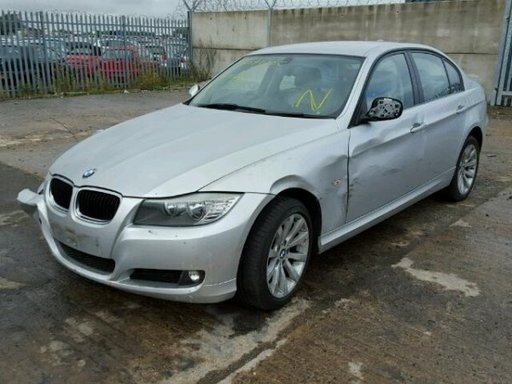 BMW 318 (2009)