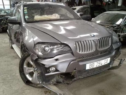 BMW X5 E70 3.0D piese caroserie motor